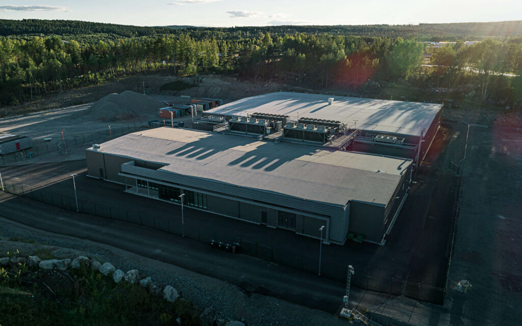 EcoDataCenter enters into a six-year agreement for HPC Colocation services
